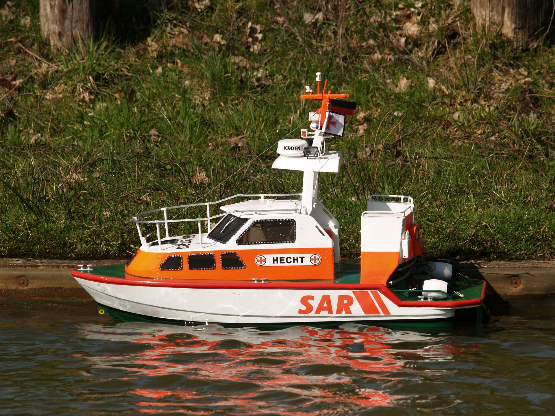Co warto wiedzieć o sterowanych modelach statków?
